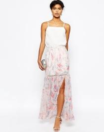 Una falda larga de ASOS para una boda