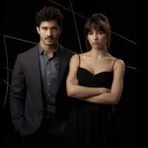 Dos actores sexys y sofisticados, Úrsula Corberó y Ricardo Darín