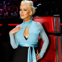 Un look de diva para Christina Aguilera en La Voz