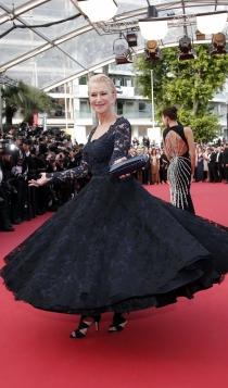 Cannes 2016: Helen Mirren, la reina de la red carpet