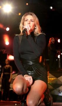 Famosos que casi mueren: Ellie Goulding