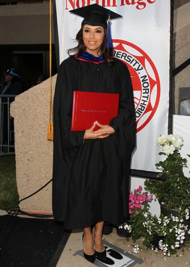 Vestido de graduacion de la universidad