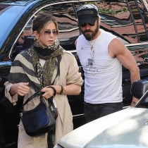 Justin Theroux y Jennifer Aniston siguen juntos y felices