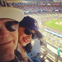 Famosos con sus padres: Katy Perry, días de béisbol