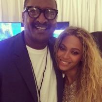 Famosos con sus padres: Beyoncé, amor por su familia