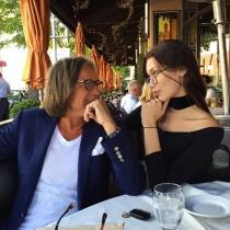 Famosos con sus padres: Bella Hadid, de tal palo...