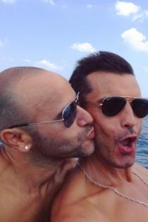 El selfie de aniversario de Jesús Vázquez y Roberto Cortés