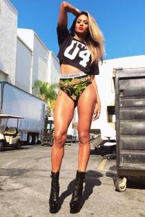 Ciara, piernas infinitas para MILF Money con Fergie