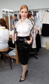 Famosos con la alta costura de París: Jessica Chastain, muy guapa