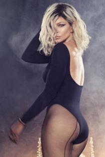 La postura más sexy de Fergie, una MILF Money