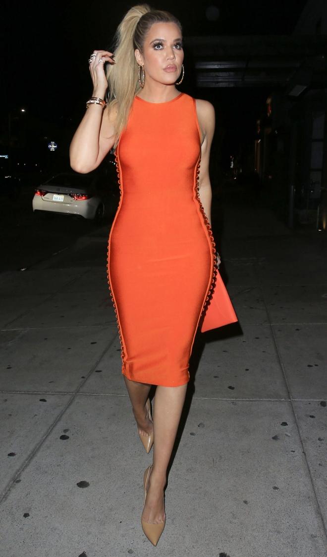 Que significa sonar con vestido de novia naranja