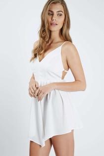 TopShop también propone un vestido sexy para Ibiza
