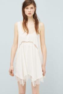 Un vestido vaporoso de MANGO para ir guapas a Ibiza