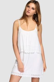 Un vestido blanco de El Corte Inglés, ideal para Ibiza