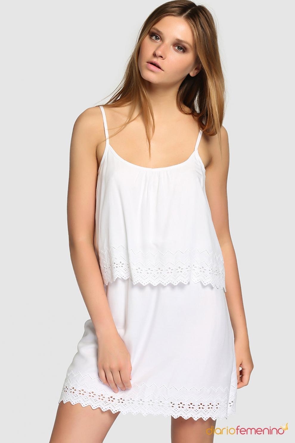 Caballa de vestido blanco en la fiesta - 2 part 4