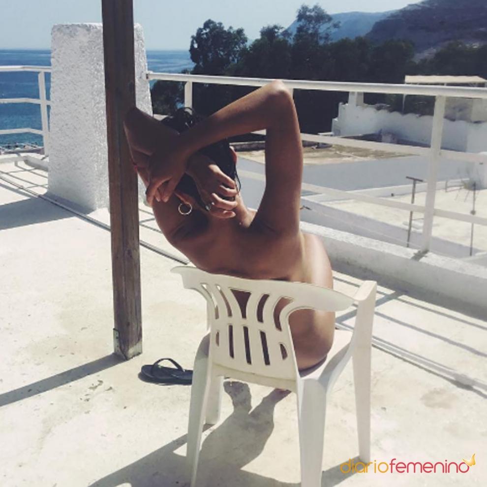 Tomando sol famosa desnuda foto famosa diaria