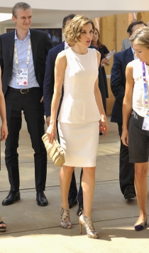 Un vestido blanco de Letizia con peplum