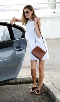 Un vestido muy veraniego de la reina Letizia para las vacaciones