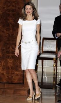 Los vestidos blancos de la reina Letizia