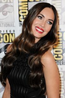 Maquillaje de ojos azules de famosas: Megan Fox