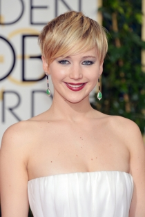 Maquillaje de ojos azules de famosas: Jennifer Lawrence