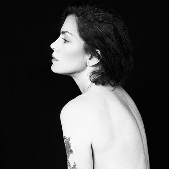 El Desnudo Más Sexy De Dolores Fonzi