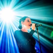 Canciones Juegos olímpicos: The Flame de Tina Arena
