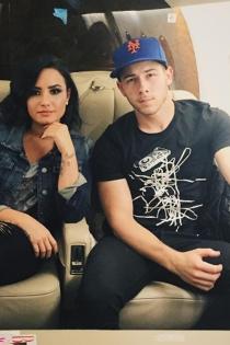 Demi Lovato y Nick Jonas, viajes y confidencias