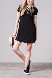 Los vestidos negros de Stradivarius para verano