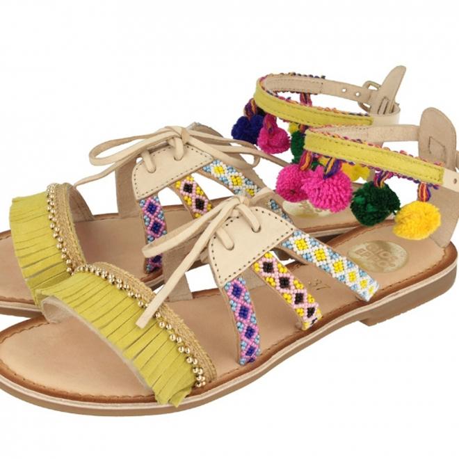 nuevo estilo 2e88d e7a61 Sandalias con pompones: Gioseppo