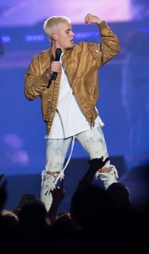 Justin Bieber durante la gira de su disco Purpose