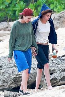 Kristen Stewart y Alicia Cargile, paseos románticos