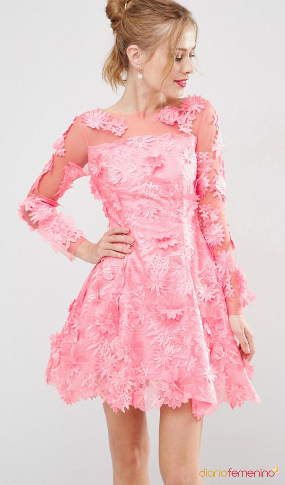 Ponte un vestido rosa de flores de ASOS para una boda en septiembre