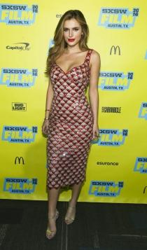 Famosas bisexuales: Bella Thorne
