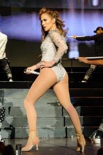 El culo de Jennifer Lopez, ganador de la competencia a Kim Kardashian