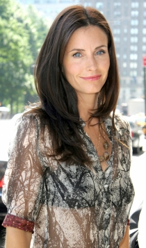 2005: Courteney Cox, radiante y estupenda