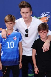 Romeo Beckham, el amor de sus hermanos