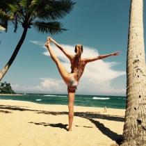 Vanesa Lorenzo, yoga en la playa