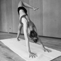 Más posturas de yoga de Vanesa Lorenzo