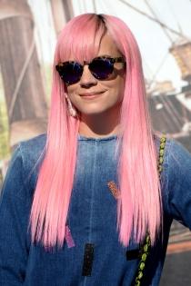 Lily Allen, cambo constante de pelo