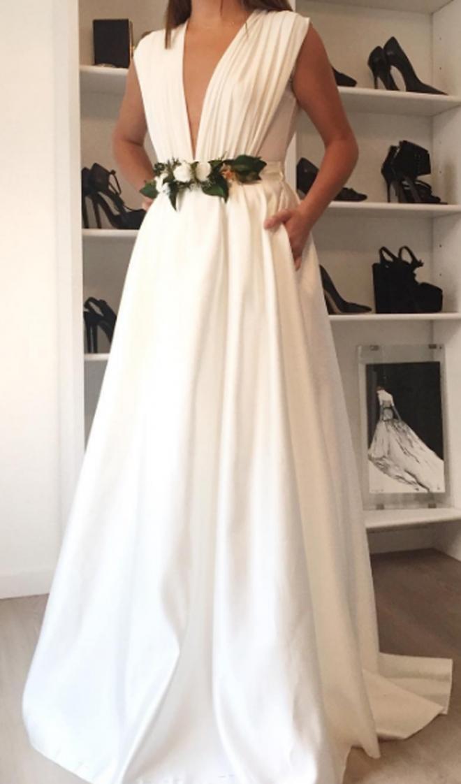 un elegante vestido de novia de ze garcía