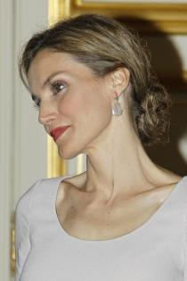 Peinados reina Letizia: un moño muy sofisticado