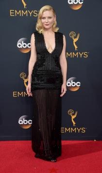Emmys 2016: Kirsten Dunst, muy sexy
