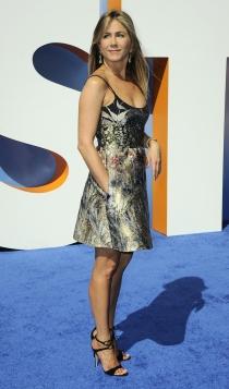 Jennifer Aniston, todo a las flores