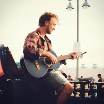El lado músico de Tom Felton