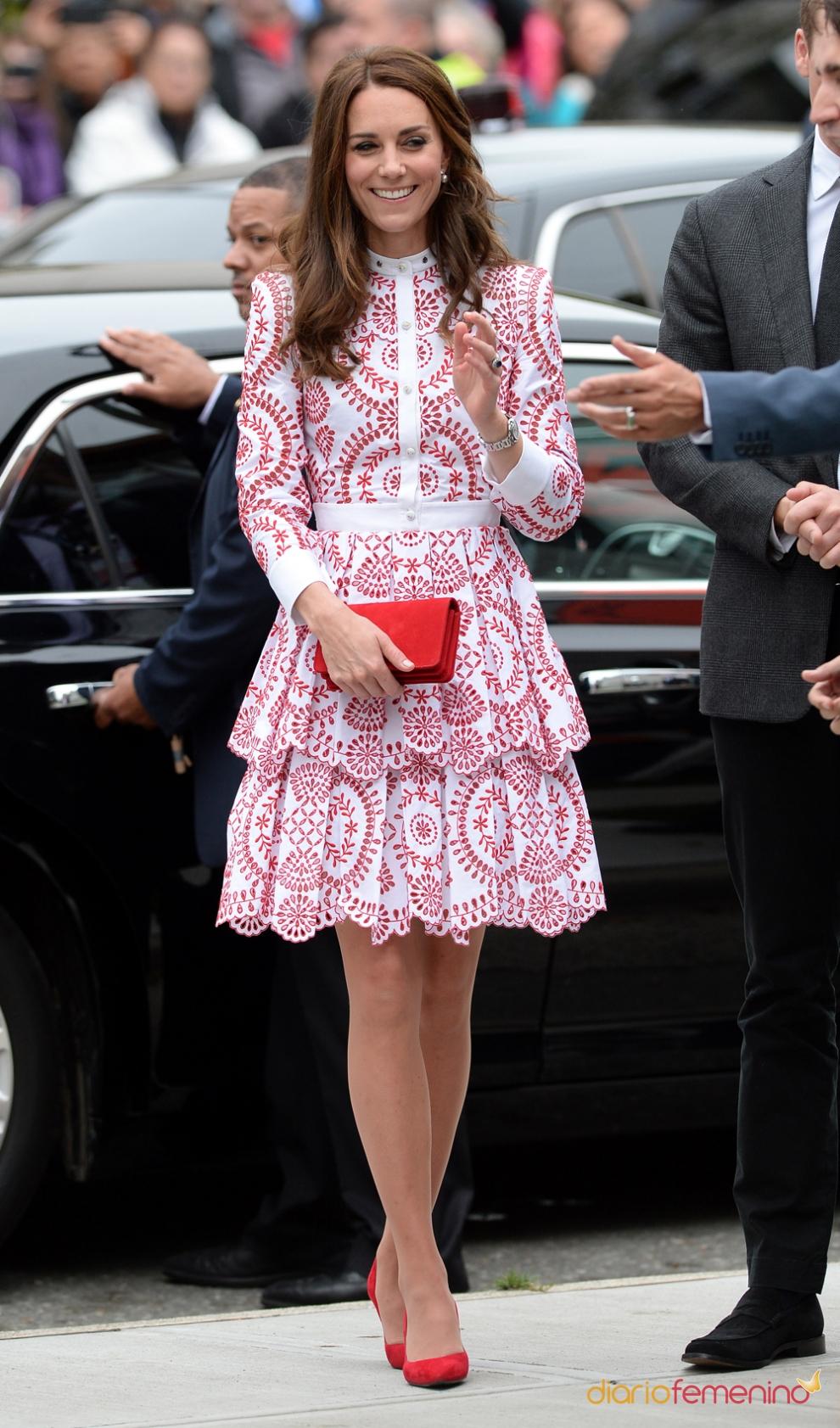 Hermosa Vestido De Cóctel Kate Middleton Ornamento - Colección de ...