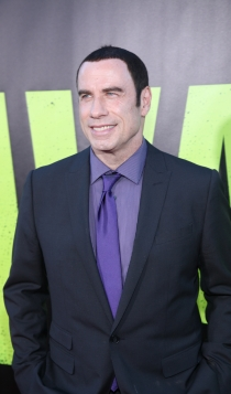 2012: John Travolta, perdiendo pelo