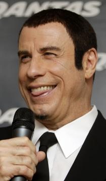2013: John Travolta, algunos retoques