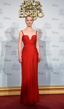 Mia Wasikowska, todo al rojo