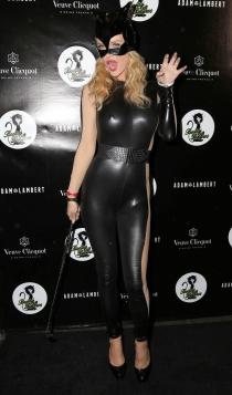 Joanna Krupa, disfrazada de Catwoman